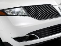 2013 Lincoln MKT , 11 of 25