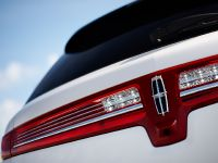 2013 Lincoln MKT , 15 of 25