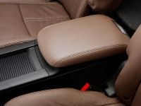 2013 Lincoln MKT , 24 of 25