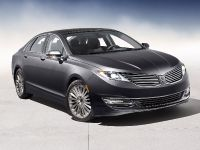 2013 Lincoln MKZ, 2 of 19