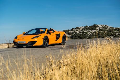 2013 McLaren 50 12C и 12C Spider - цена £на 196 000 и £215,500