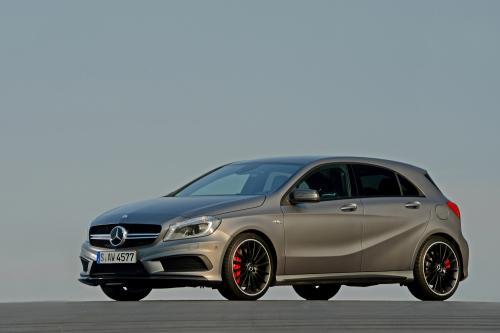 2013 Mercedes-Benz A 45 AMG - Великобритании по цене £37,845