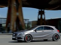 2013 Mercedes-Benz A 45 AMG UK, 2 of 6