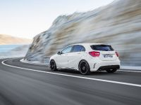 2013 Mercedes-Benz A45 AMG, 3 of 24