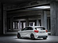 2013 Mercedes-Benz A45 AMG, 9 of 24
