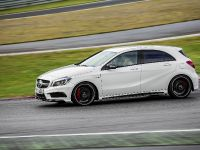 2013 Mercedes-Benz A45 AMG, 13 of 24