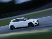2013 Mercedes-Benz A45 AMG, 15 of 24