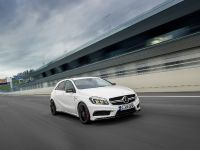 2013 Mercedes-Benz A45 AMG, 19 of 24
