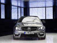 2013 Mercedes-Benz C 63 AMG Edition 507, 2 of 12