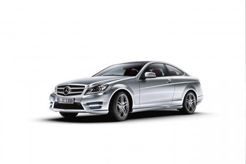 2013 Mercedes-Benz C-класса приглашает 1.6 Engine для семьи