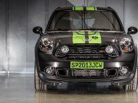 2013 MINI John Cooper Works Countryman ALL4 Dakar, 2 of 22