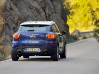 2013 MINI Paceman UK, 2 of 34