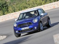 2013 MINI Paceman UK, 32 of 34