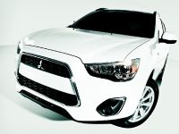 2013 Mitsubishi Outlander Sport , 2 of 9