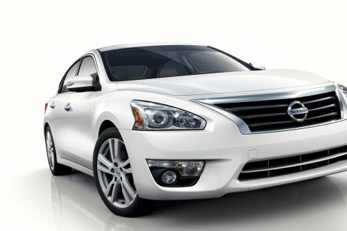 Nissan Altima дебют на NYIAS