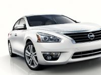 thumbnail image of 2013 Nissan Altima Sedan
