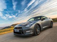 2013 Nissan GT-R Gentleman Edition, 1 of 19