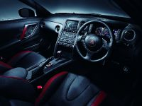 2013 Nissan GT-R, 3 of 7