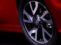 2013 Nissan Note Design and Technology, 13 of 23