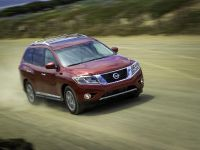 2013 Nissan Pathfinder, 2 of 26