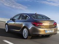 2013 Opel Astra Sedan , 3 of 4