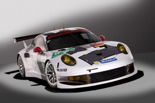 Официальный дебют: 2013 Porsche 911 RSR