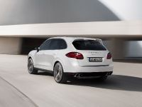 2013 Porsche Cayenne Turbo S, 3 of 6