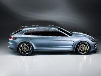 2013 Porsche Panamera Sport Turismo Concept Car , 4 of 12