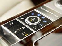 thumbnail image of 2013 Range Rover UK