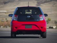 2013 Scion iQ EV, 6 of 20