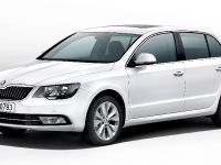 2013 Skoda Superb, 1 of 50