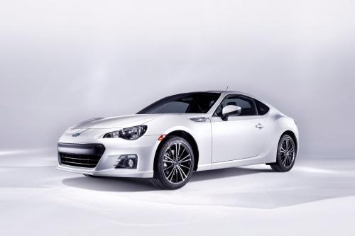Subaru BRZ 2013 справиться как никто другой?