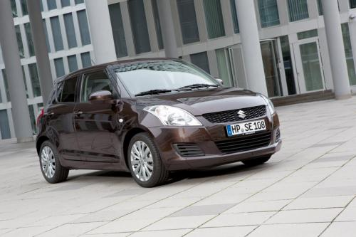2013 Suzuki Swift X-TRA - Цена €14,290