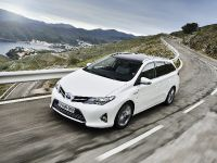 2013 Toyota Auris Touring Sports, 1 of 3