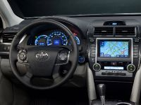 2013 Toyota Camry XLE, 2 of 3