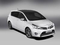 2013 Toyota Verso , 2 of 9