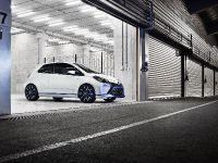 2013 Toyota Yaris Hybrid-R Concept, 4 of 8