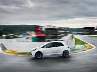 2013 Toyota Yaris Hybrid-R Concept, 6 of 8