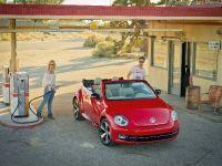 2013 Volkswagen Beetle Cabriolet, 3 of 4