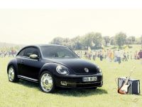 2013 Volkswagen Beetle Fender Edition, 1 of 7