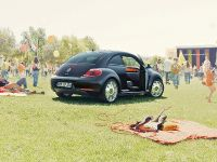 2013 Volkswagen Beetle Fender Edition, 3 of 7