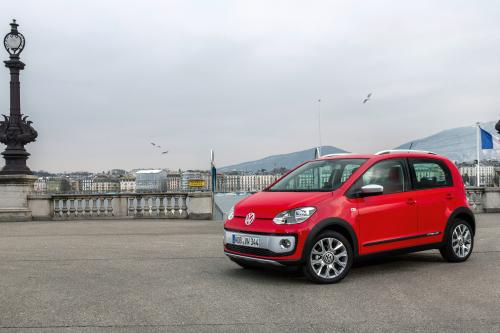 2013 Volkswagen Cross Up! - Цена 13,925