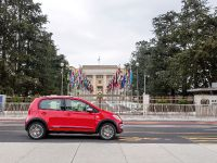 2013 Volkswagen Cross Up, 18 of 26