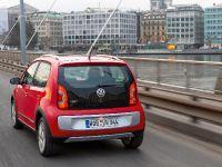 2013 Volkswagen Cross Up, 19 of 26