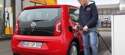 Volkswagen eco Up (2013) - picture 7 of 20