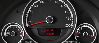 Volkswagen eco Up (2013) - picture 15 of 20