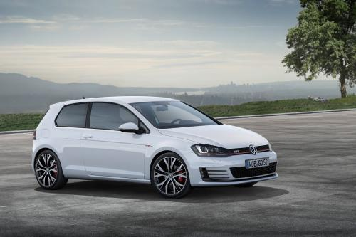 2013 Volkswagen Golf GTI Performance - 230HP и 350Nm