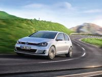 2013 Volkswagen Golf GTI, 2 of 5