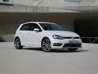 2013 Volkswagen Golf VII R-Line, 2 of 6