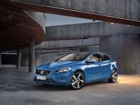 2013 Volvo V40 R-Design, 2 of 15